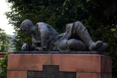 Kriegerdenkmal 04