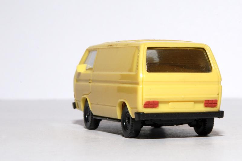 VW Transporter Bully