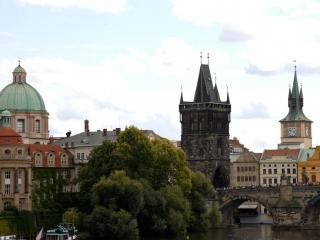 Manesbrücke, Blick auf die Karlsbrücke